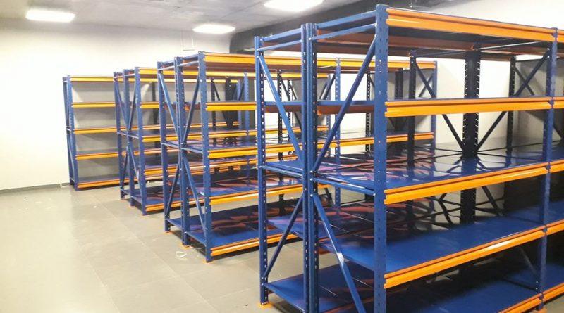 Подбираем стеллажи для складов и складских помещений